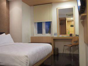 Deluxe Room M Hotel jakarta 1