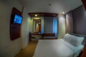 Deluxe room m hotel jakarta 2