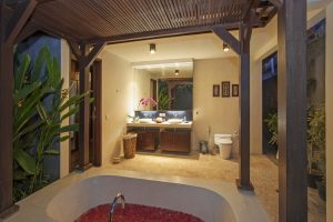 Mahesa Bathroom Imani Villas